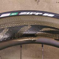 Zipp 808 404 mit Zipp Reifen 4